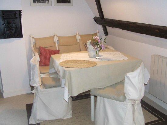 Le Bastion de Riquewihr : Coqueto comedor