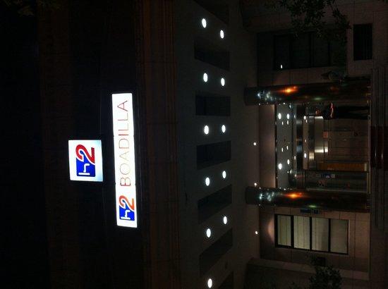 H2 Boadilla Hotel: Entrada H2 Boadilla