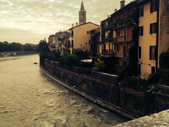 Ponte Pietra: Verona 3