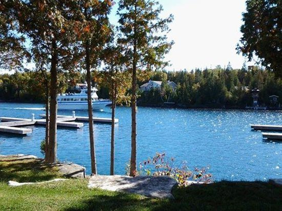 Big Tub Harbour Resort: view from our room.  and all rooms.  and from anywhere on the property.  It was fall and the boa