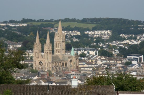 B&B at the Fieldings: View of the Cathedral from our room