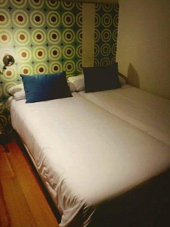 Eric Vokel Boutique Apartments - Madrid Suites: Guest room