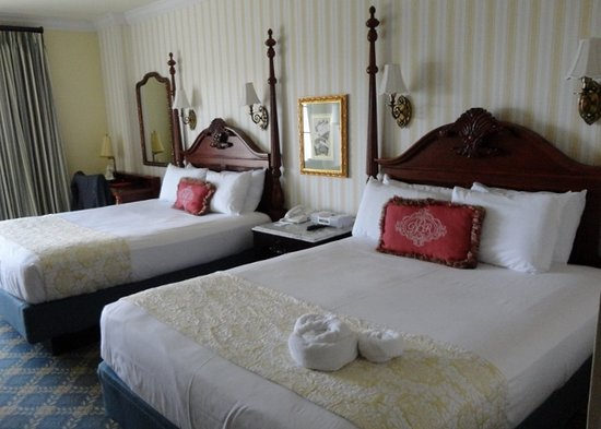 Disney's BoardWalk Inn : nice room, OK hotel
