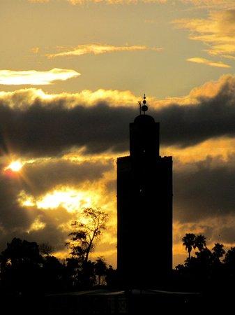 Riad Mehdia : coucher de soleil depuis la terrasse