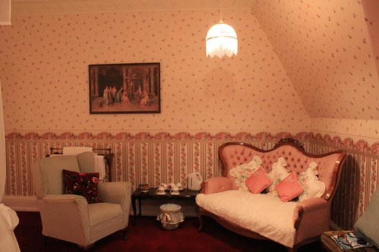 Lisburn House: A nook to sit and read