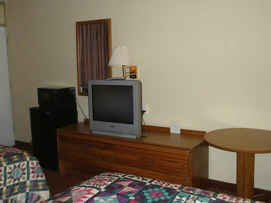 Days Inn White House/Nashville: Microwave, Fridge, TV