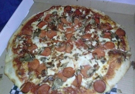 For Pizza's Sake: XL pizza pepperoni fresh mushrooms and REAL bacon yummy