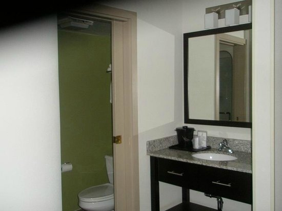 Sleep Inn: Sink area