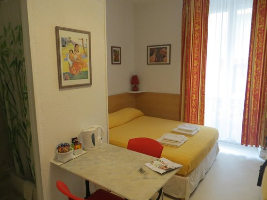 Hancy  Guesthouse: Chambre