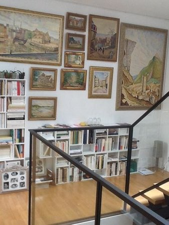 La Villa Perier : art work everywhere