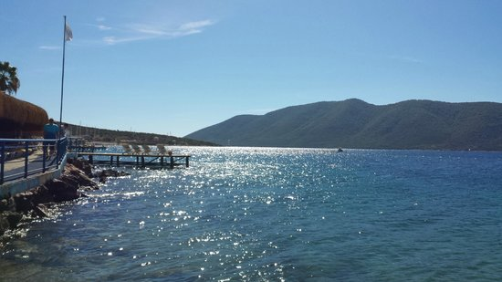Bodrum Holiday Resort & Spa: By the sea