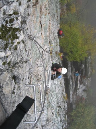 NROCKS Outdoor Adventures: Descending the optional pinnacle