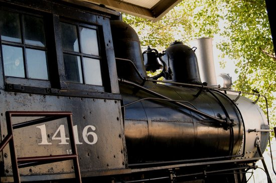 Evansville Museum of Arts, History & Science: train