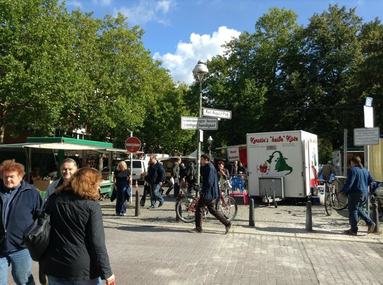 art'appart - berlin suiten: Saturday market