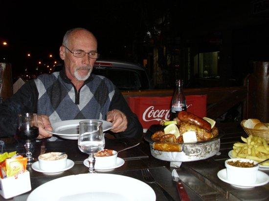 Parrillada El Porton: cenando