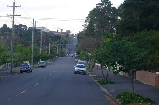 3 Sisters Motel: View towards Katoomba Town