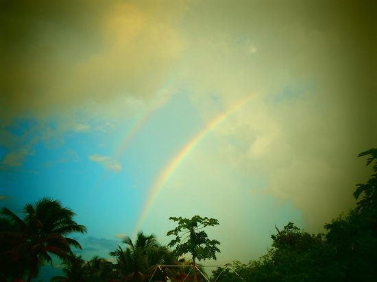 Almaplena Eco Resort & Beach Club: arcoiris