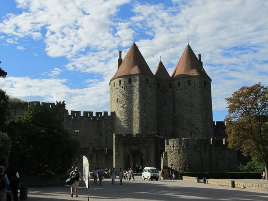 carcassonne medieval cite picture of best western hotel le donjon carcassonne center. Black Bedroom Furniture Sets. Home Design Ideas