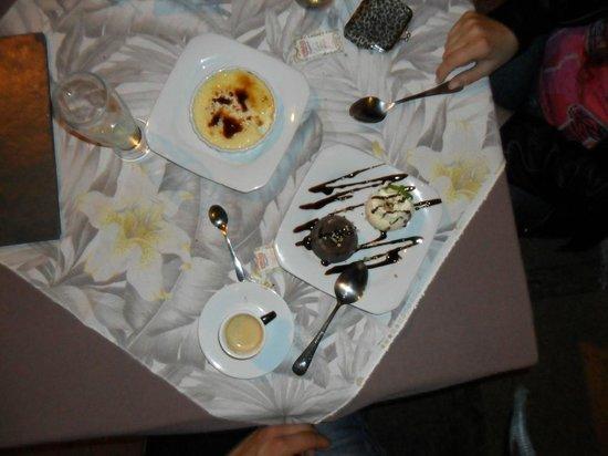 Taverne 67 : creme brulee y volcán de chocolate