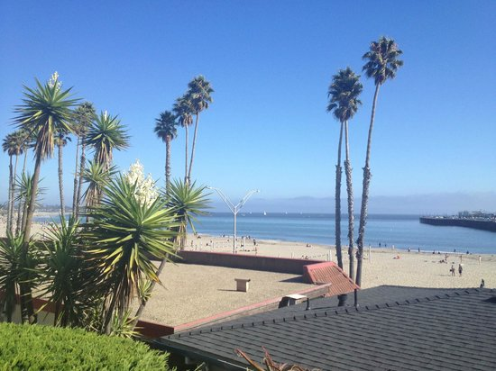 Beach Street Inn and Suites : Picture perfect view from our room