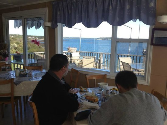 Baybreeze Restaurant & Motel : Baybreeze restaurant