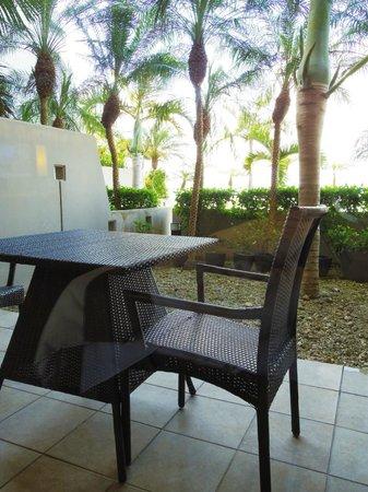 Grandvrio Resort Ishigakijima Grandvrio Garden: トゥモール棟グランドフロアのバルコニー