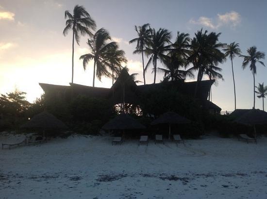 Azanzi Beach Hotel: Azanzi just after sunset