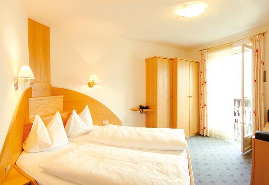 Hotel Appartement Sonnenhof: Gemütliche Zimmer mit herrlichem Ausblick