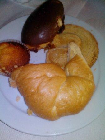 Ponderosa Apart Hotel: desayuno