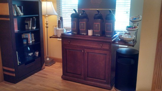 Country Inn & Suites by Radisson, Madison, WI: Coffee Bar
