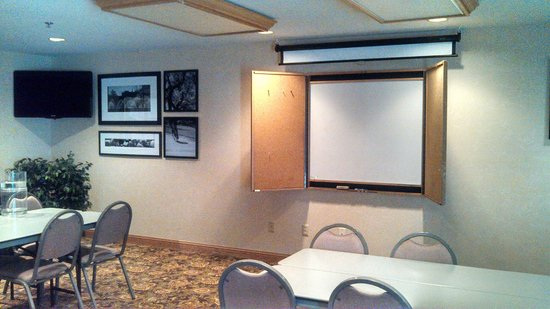 Country Inn & Suites by Radisson, Madison, WI: Conference Room