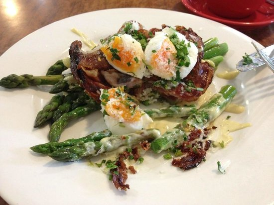 Main Street Cafe: asparagus, panchetta, soft eggs and lemon dressing