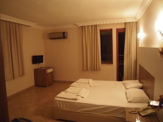 Saritas Hotel : номер в блоке А