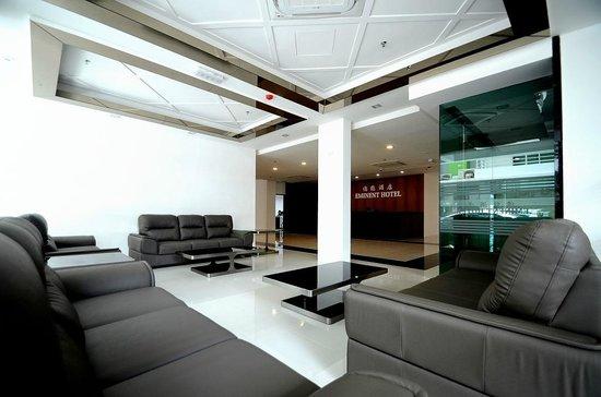 Eminent Hotel: lobby