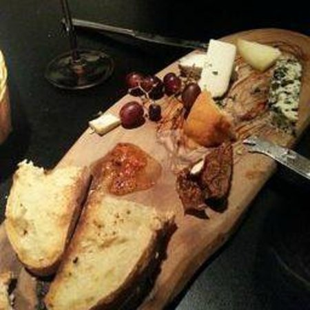 Donostia Restaurant: cheeseplatter