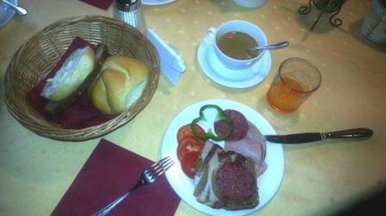 Hotel Augarten: Buffet breackfast1