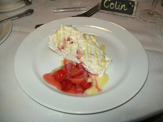 Highgate House Hotel: A sample of the desserts