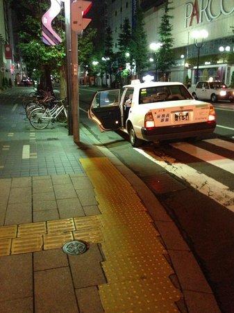 新人のタクシー運転手に多い交通事故10個 道の覚え方5つ