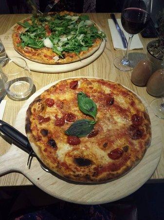 Rustico: Nice presentation of pizza
