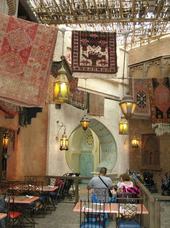 Agrabah Cafe: Décor