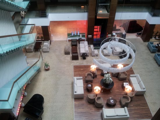Agaoglu My City Hotel: El Hall del hotel visto desde arriba