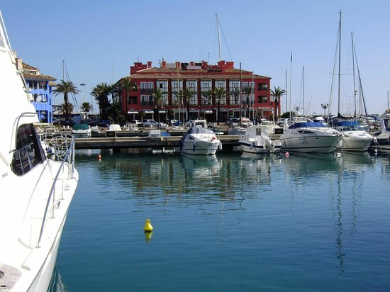 Club Maritimo de Sotogrande: Puerto Sotogrande Spain the maritimo hotel