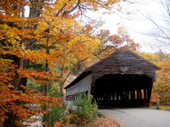 Boulder Loop Trail: Albany Covered Bridge