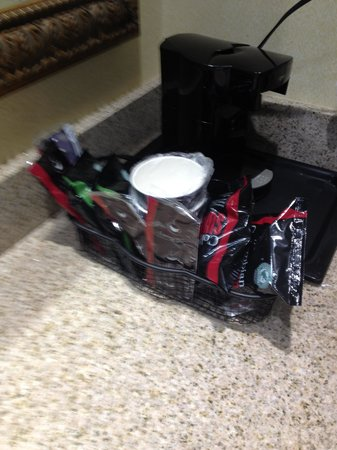 Holiday Inn Bar Harbor Regency : The Most Wasteful In-Room Coffee I've Ever Seen