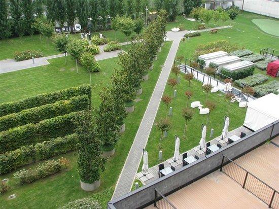 Ramada Plaza Milano: Cosa si vede dal balcone/terrazzino