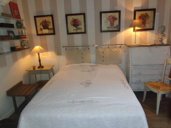 Hotel de l'Avre: Room N 42.