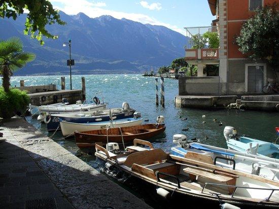 Hotel San Pietro: Limone old harbour