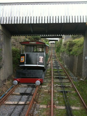 Aberystwyth Cliff Railway: Coming up top