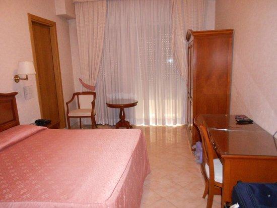 Hotel San Pietro: stanza