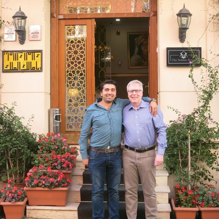 Sultans Royal Hotel: Ersin and my father! Ersin is the best!